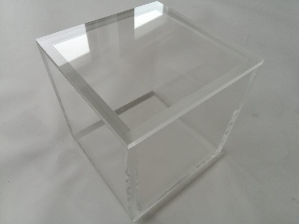 Pudełko PLEXI do przechowywania produktów