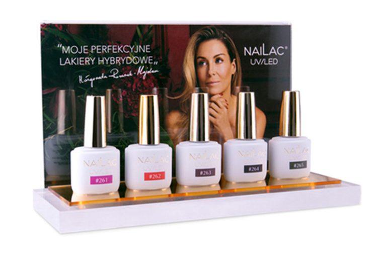 Ekspozytor na lakiery dla marki Nailac